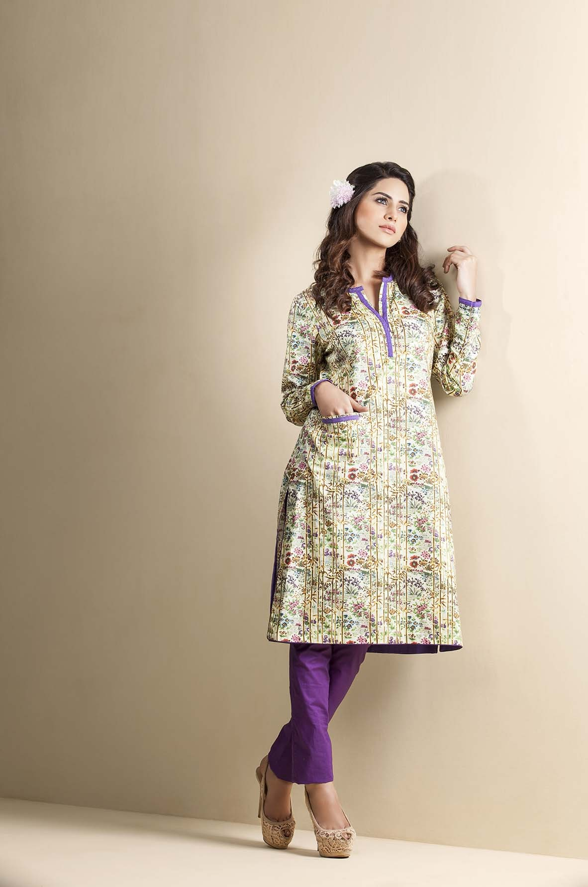 Kayseria Latest Winter Prints Best Shawls & Dresses Cambric Collection 2014-2015 (1)