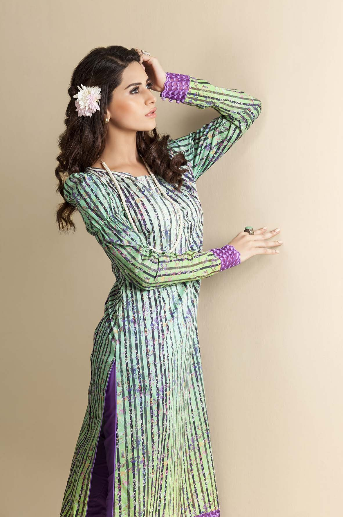Kayseria Latest Winter Prints Best Shawls & Dresses Cambric Collection 2014-2015 (11)