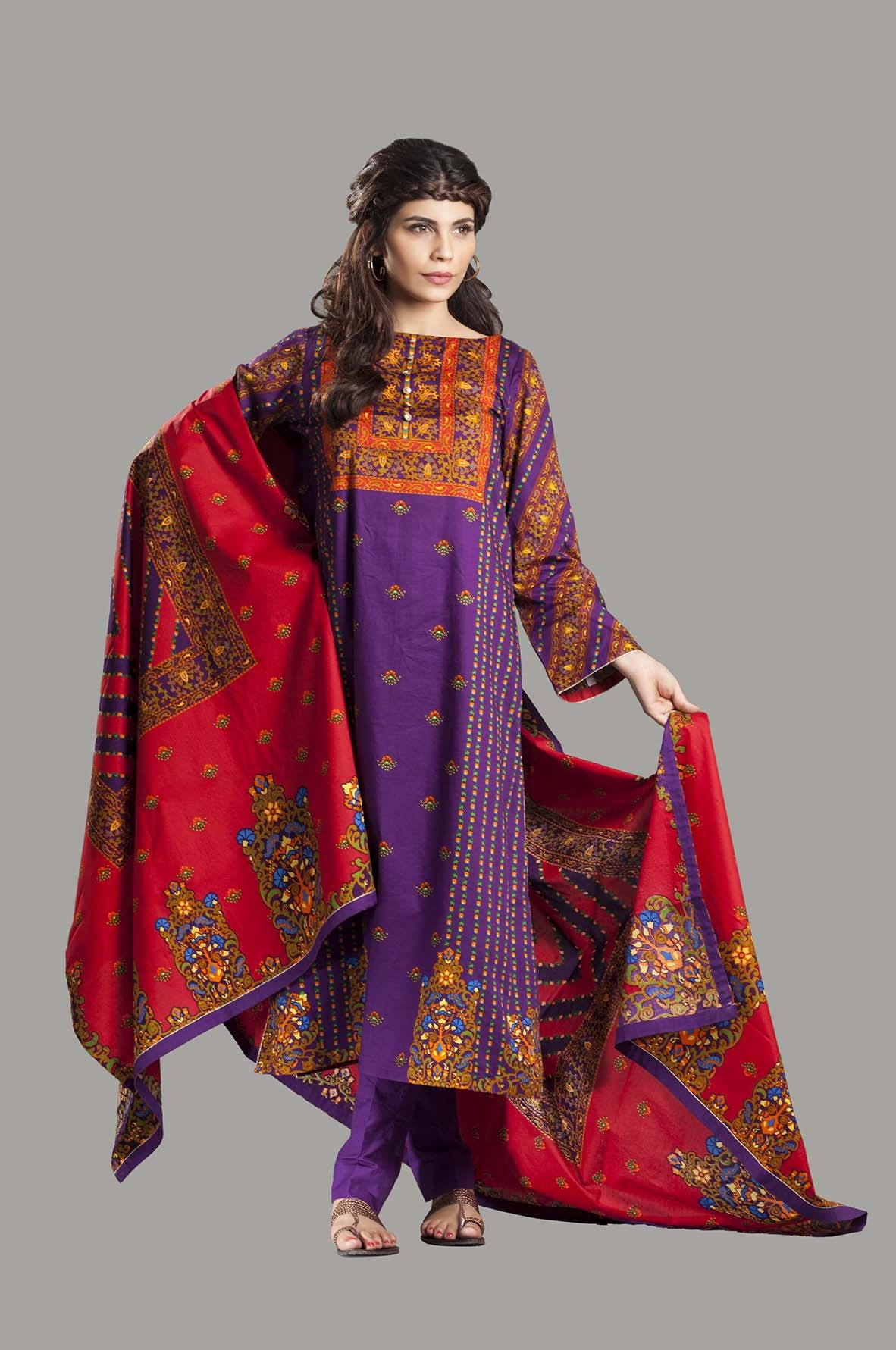 Kayseria Latest Winter Prints Best Shawls & Dresses Cambric Collection 2014-2015 (2)