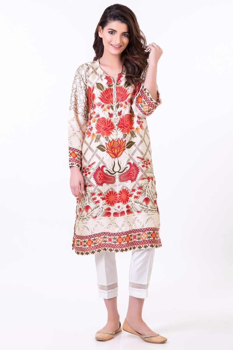 Latest Pakistani Party Wear Winter Dresses Collection Nothing could be more excited than a Winter season party. Chilly weather is mesmerizing everyone so now wait is over and its time to try out the latest Pakistani party wear winter dresses to enjoy your event at its best.
