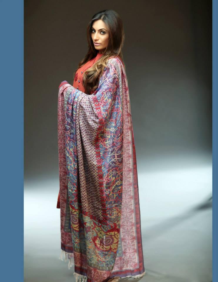 Hadiqa Kiani Winter Collection Linen & Karandi Dresses with Shawls for Women 2014-2015 (24)