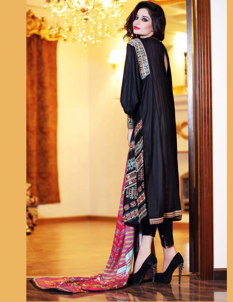 Hadiqa Kiani Winter Collection Linen & Karandi Dresses with Shawls for Women 2014-2015 (26)