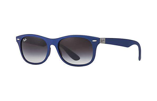 Latest Ray-Ban women Sunglasses - Best designer fashion goggles for Women. (34)