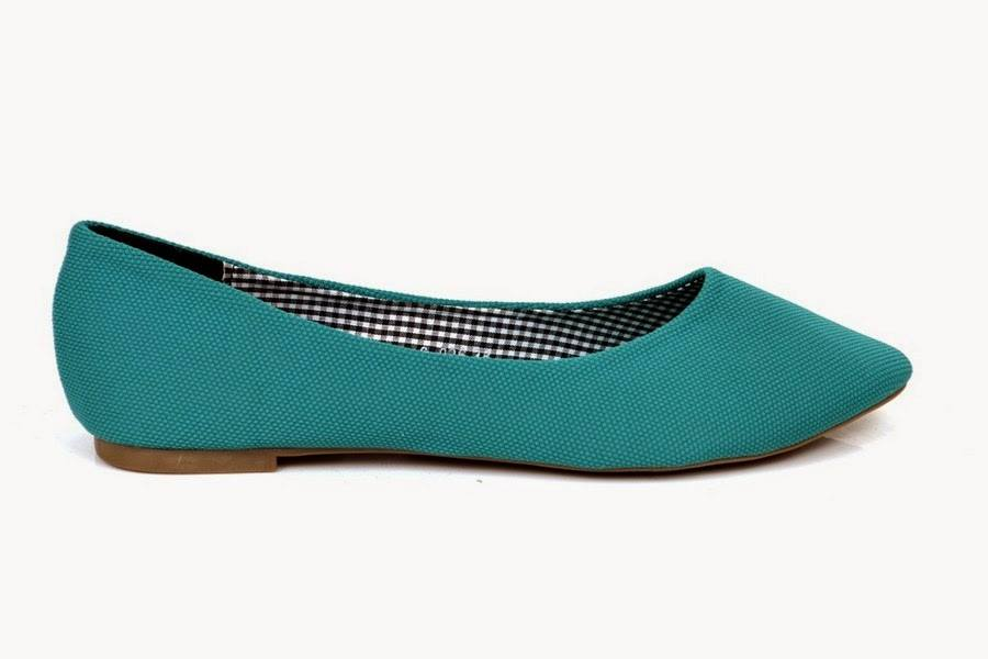 Metro Shoes Latest Winter Fall Collection 2014-2015 For Men & Women (6)