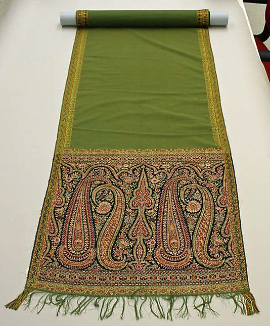 Kashmiri Hand Embroidered Shawls Designs Collection for Women (12)