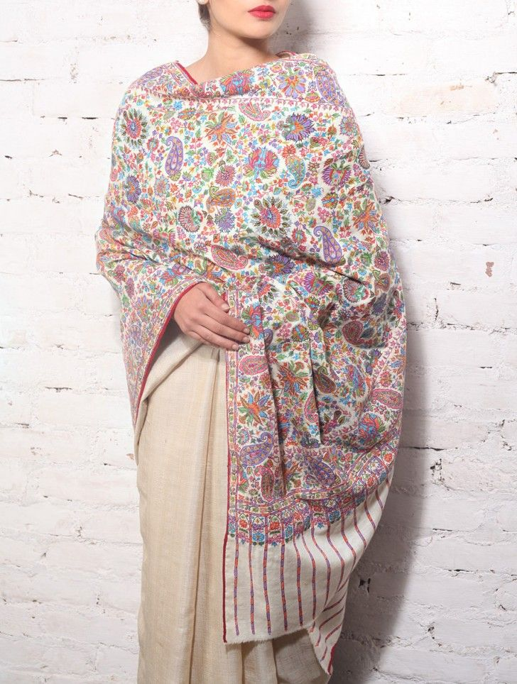 Kashmiri Hand Embroidered Shawls Designs Collection for Women (23)