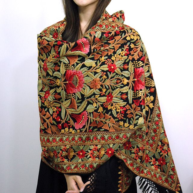 Kashmiri Hand Embroidered Shawls Designs Collection for Women (9)