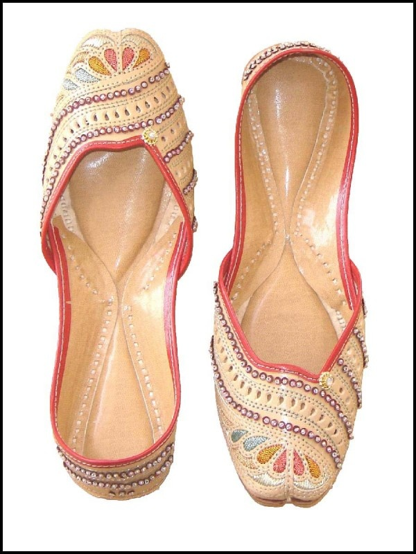 Latest Asian Trends & Collection of Punjabi Jutti Khussa Shoes designs for women 2015-2016 (20)