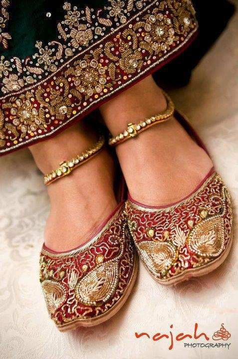 Latest Asian Trends & Collection of Punjabi Jutti Khussa Shoes designs for women 2015-2016 (3)