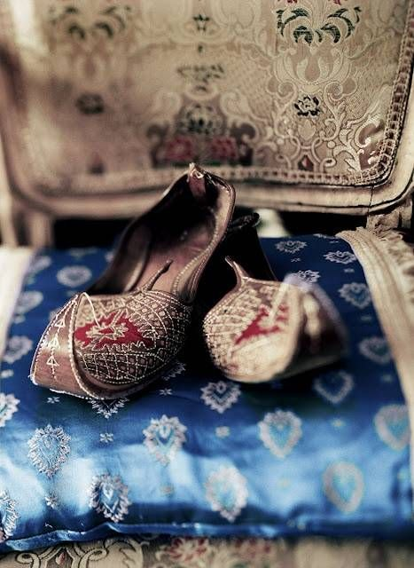 Latest Asian Trends & Collection of Punjabi Jutti Khussa Shoes designs for women 2015-2016 (4)
