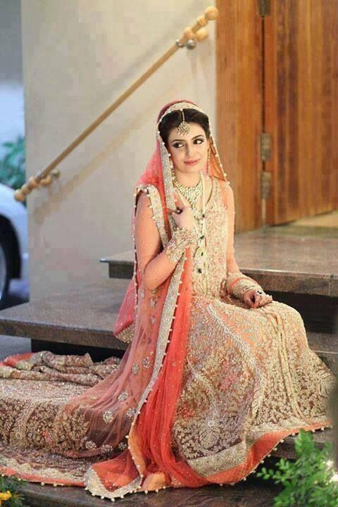 Beautiful bridal images pakistani dress