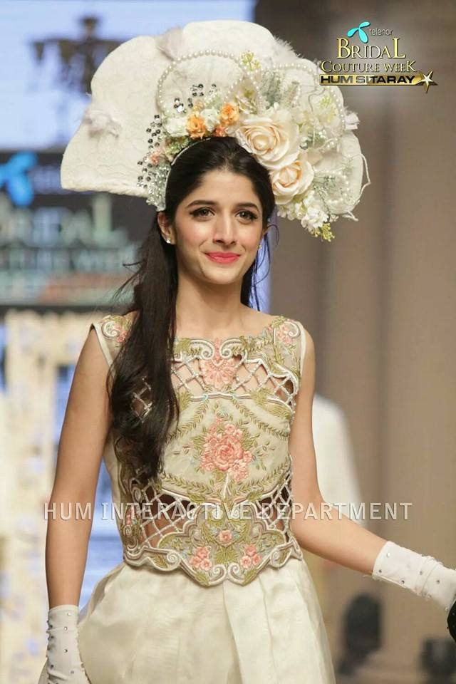 Maria B La Roseraie (The rose garden) Modern Bridal Dresses collection at Telenor Bridal Couture Week 2015 (12)