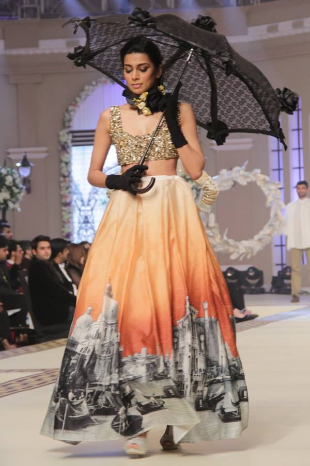 Maria B La Roseraie (The rose garden) Modern Bridal Dresses collection at Telenor Bridal Couture Week 2015 (15)