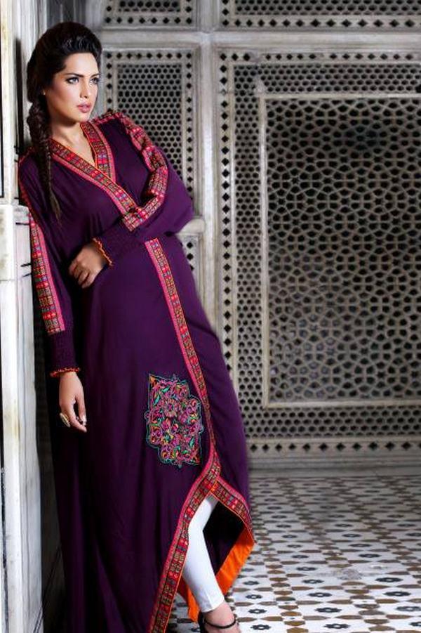 Stylish Plaine & V Shaped with Bann Neck Designs for Casual Kurta Dresses (3)
