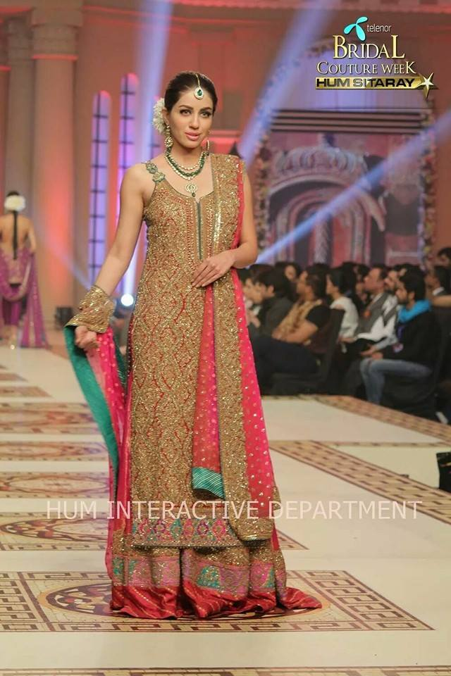 Umer Sayeed Bridal Collection atTelenor Bridal Couture Week 2014-2015 (17)