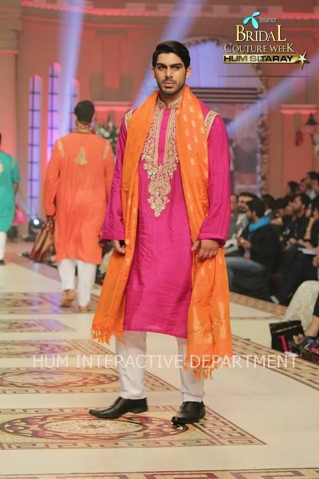 Umer Sayeed Bridal Collection atTelenor Bridal Couture Week 2014-2015 (19)
