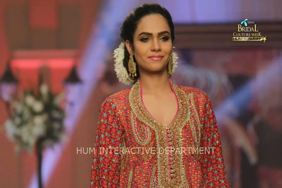 Umer Sayeed Bridal Collection atTelenor Bridal Couture Week 2014-2015    (28)