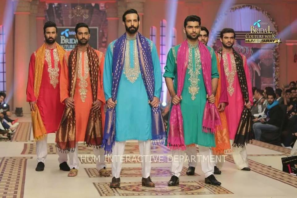 Umer Sayeed Bridal Collection atTelenor Bridal Couture Week 2014-2015    (3)