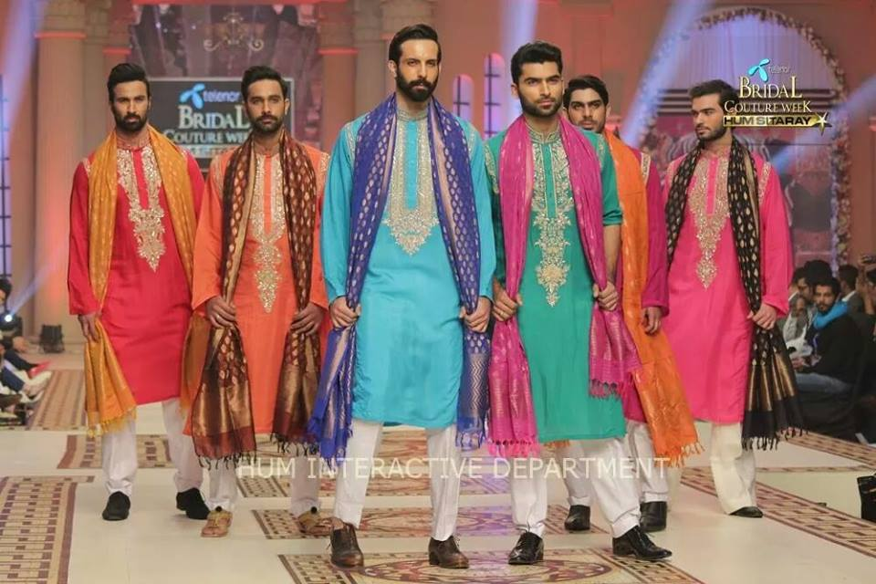 Umer Sayeed Bridal Collection atTelenor Bridal Couture Week 2014-2015 (33)