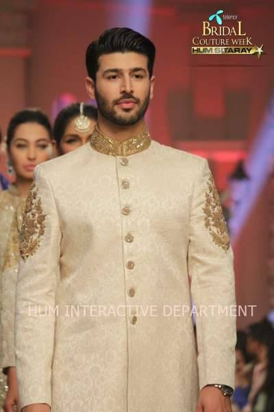 Umer Sayeed Bridal Collection atTelenor Bridal Couture Week 2014-2015 (36)