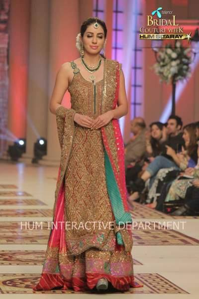 Umer Sayeed Bridal Collection atTelenor Bridal Couture Week 2014-2015 (37)