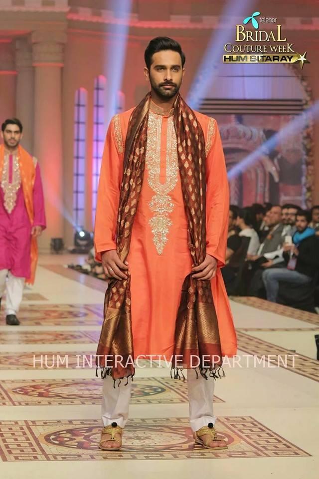 Umer Sayeed Bridal Collection atTelenor Bridal Couture Week 2014-2015 (4)