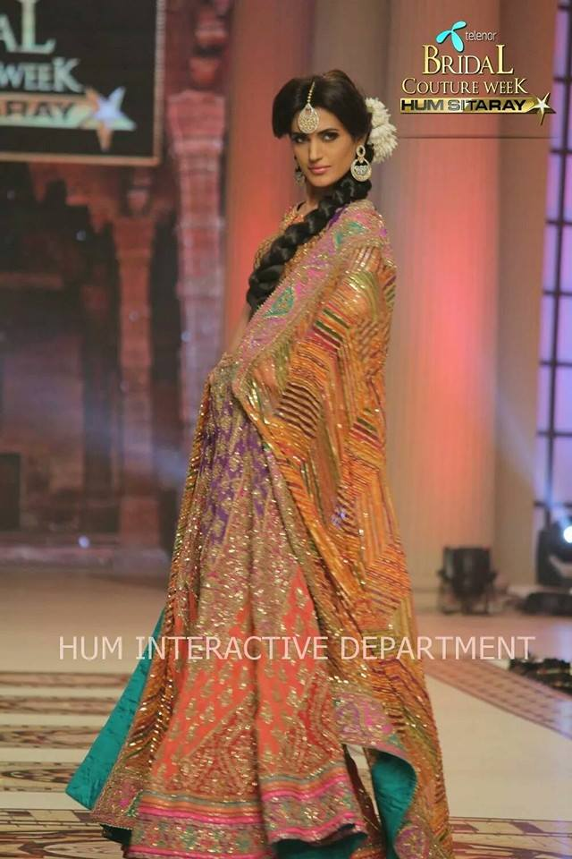 Umer Sayeed Bridal Collection atTelenor Bridal Couture Week 2014-2015 (5)