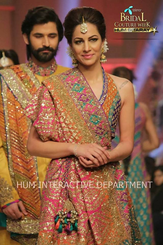 Umer Sayeed Bridal Collection atTelenor Bridal Couture Week 2014-2015    (8)