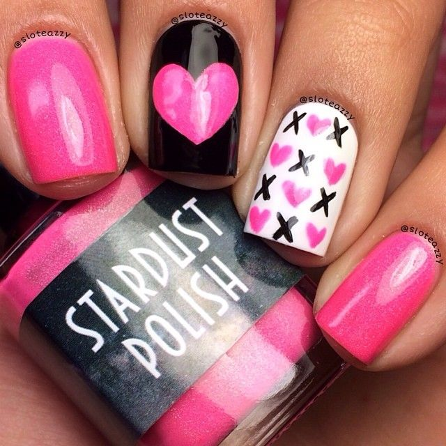 xoxo-pink-and-black-with-white-accent