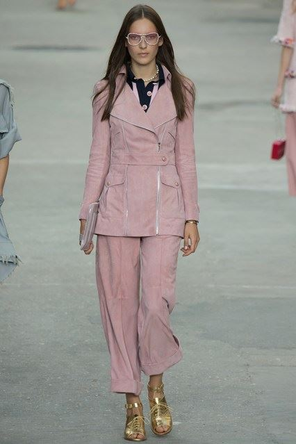 CHANEL Spring-Summer 2015 Haute Couture Fashion Show - Ready To Wear Dresses (27)