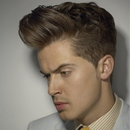 Celebrity Inspired Men Casual & Formal Short Hairstyles and Haircut Trends with most popular Looks (8)