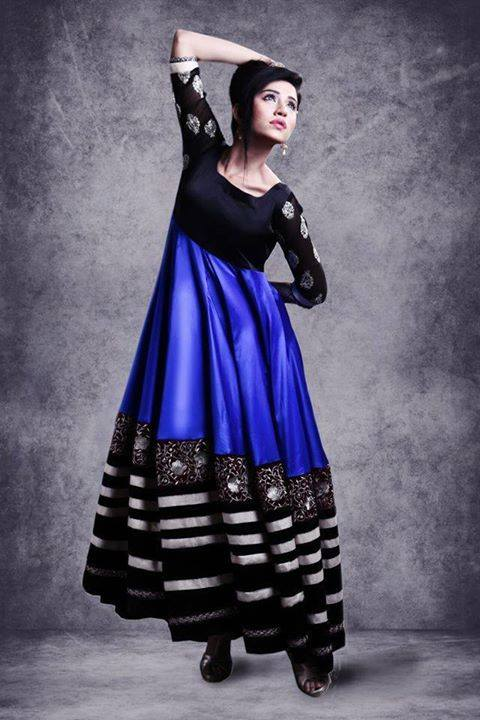 Latest Pakistani Party wear Dresses for Women by Zunaira Lounge Formal Collection 2015-16 (15)