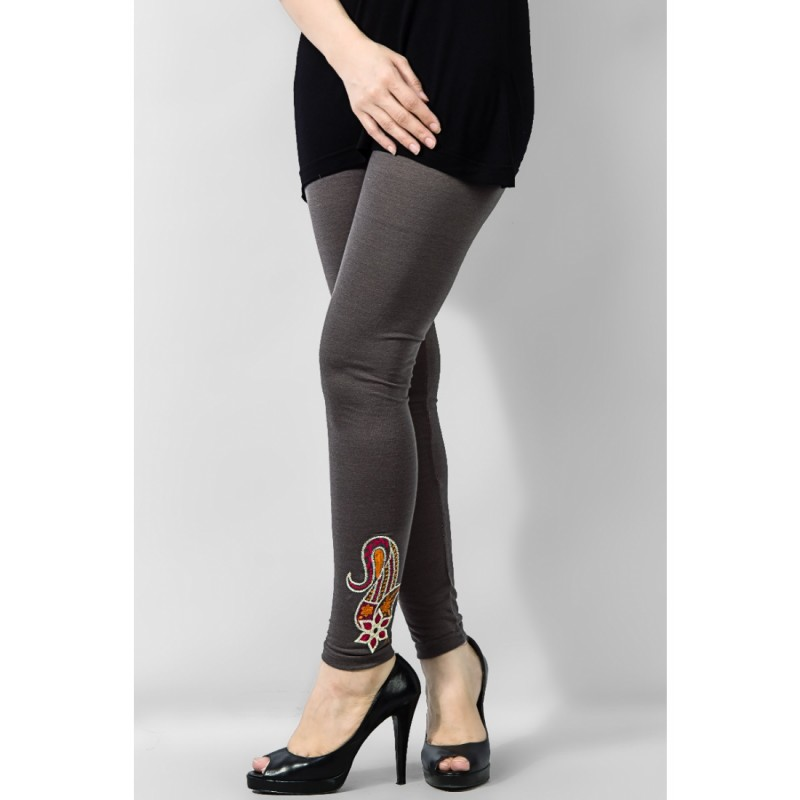 Latest Styles & Designs of Women Printed Embroidered Tights, Leggings & Capri Collection 2015-2016 (3)