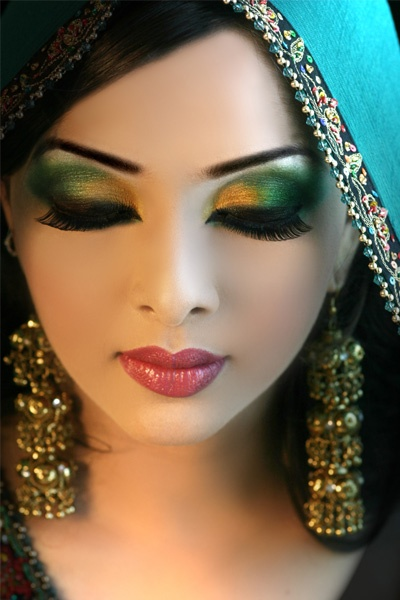 Bridal Eye Makeup 2018 Step By Step : Related Pictures Arabic Makeup And Hairstyles Pictures to ...