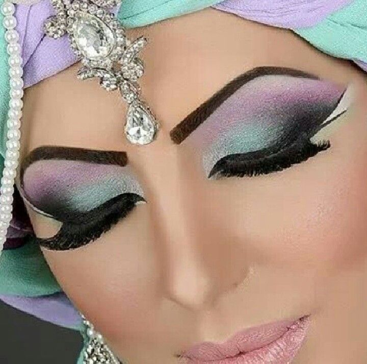 Step by Step Arabic Party Wear & Bridal Eye & Complete Face Makeup Tutorial with Pictures (24)