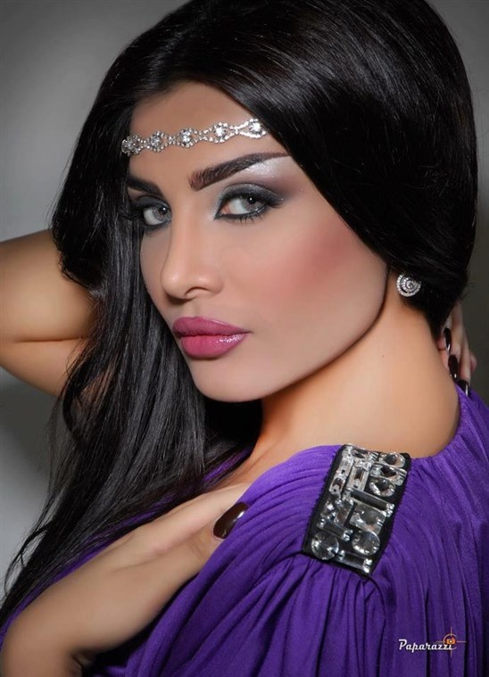 Step by Step Arabic Party Wear & Bridal Eye & Complete Face Makeup Tutorial with Pictures (5)