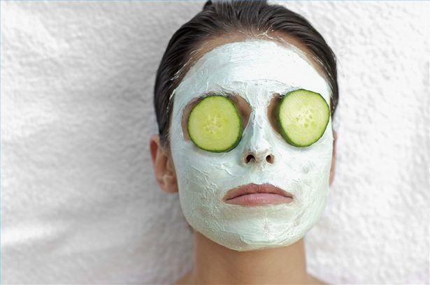 Cucumber-for-suntan