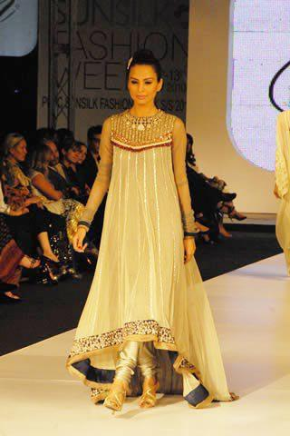 Latest Asian Fashion Airline Frock Designs Collection for Pakistani Girls 2015-2016 (36)
