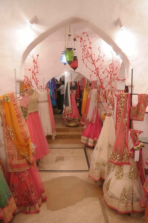Latest Asian Fashion Engagement Dresses Designs Collection for Wedding Brides 2015-2016 (12)