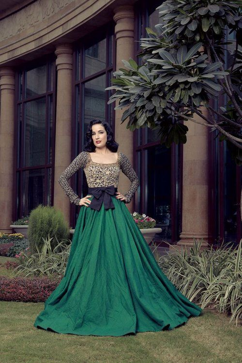 Latest Asian Fashion Engagement Dresses Designs Collection for Wedding Brides 2015-2016 (18)