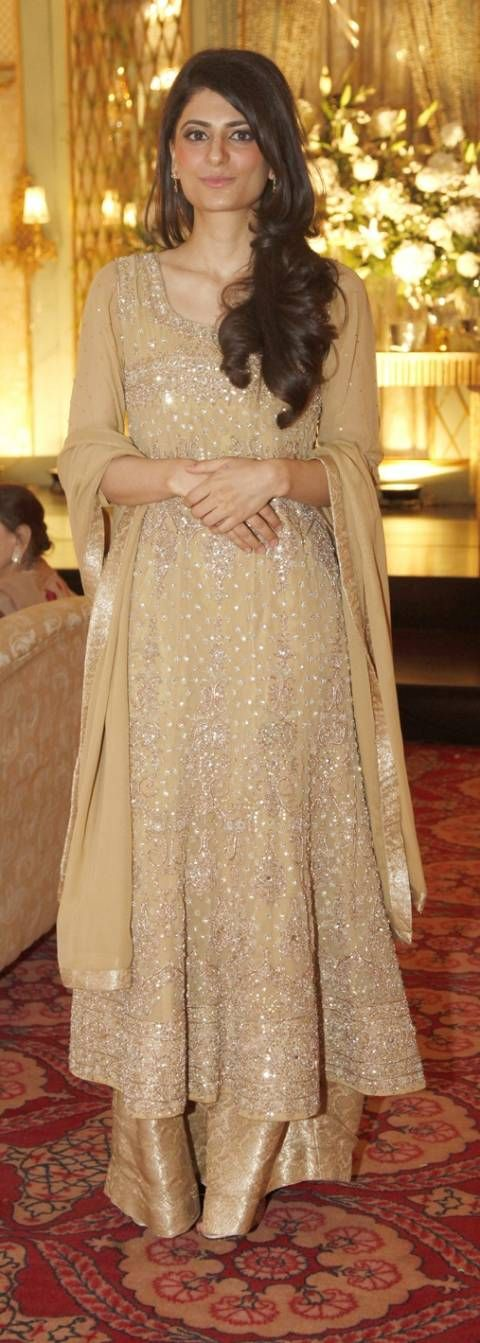 Latest Engagement Dresses Designs Collection 2015 2016