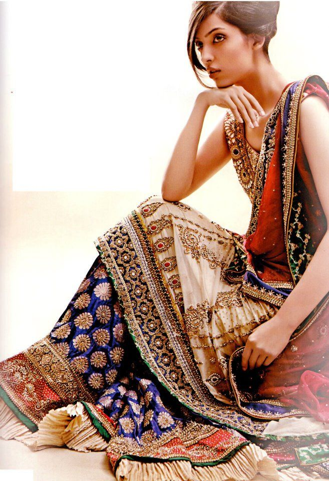 Latest Asian Fashion Engagement Dresses Designs Collection for Wedding Brides 2015-2016 (23)