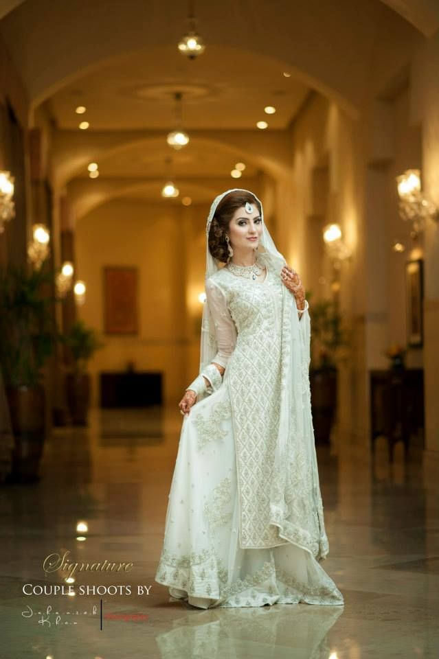 Latest Asian Fashion Engagement Dresses Designs Collection for Wedding Brides 2015-2016 (27)