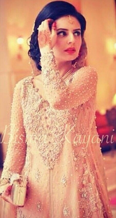Latest Asian Fashion Engagement Dresses Designs Collection for Wedding Brides 2015-2016 (3)