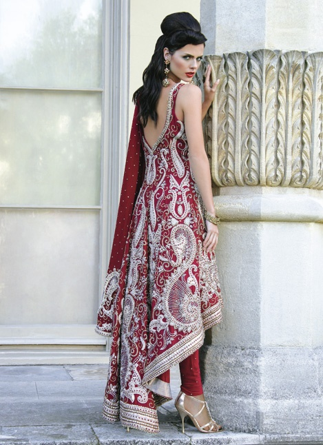 Latest Asian Fashion Engagement Dresses Designs Collection for Wedding Brides 2015-2016 (35)