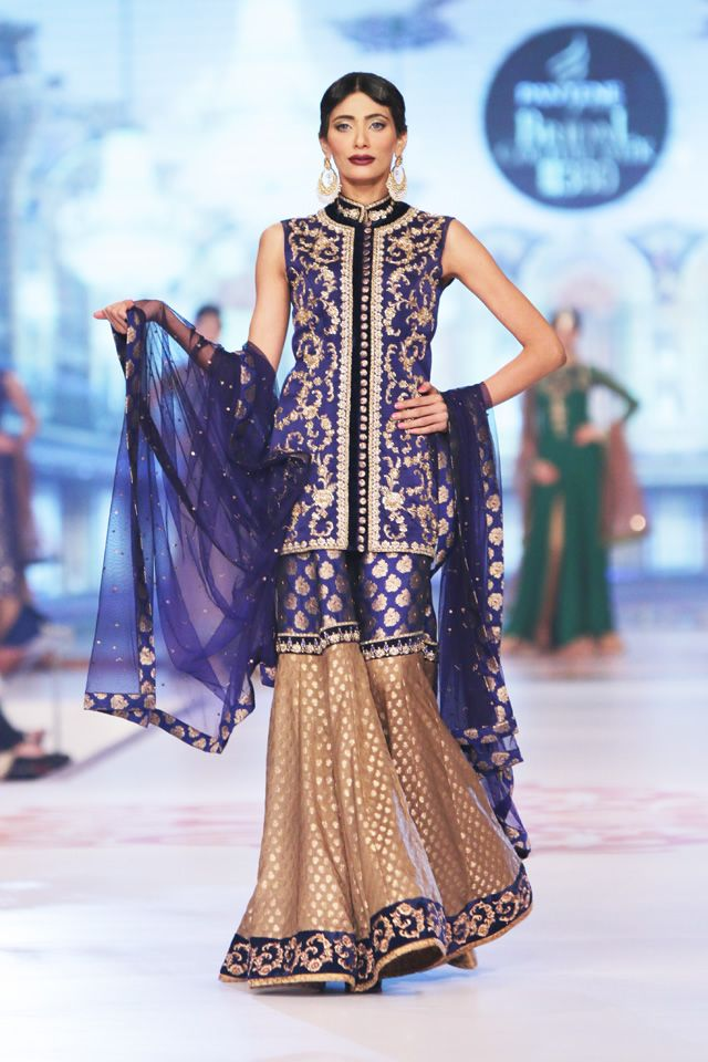 Latest Asian Fashion Engagement Dresses Designs Collection for Wedding Brides 2015-2016 (6)