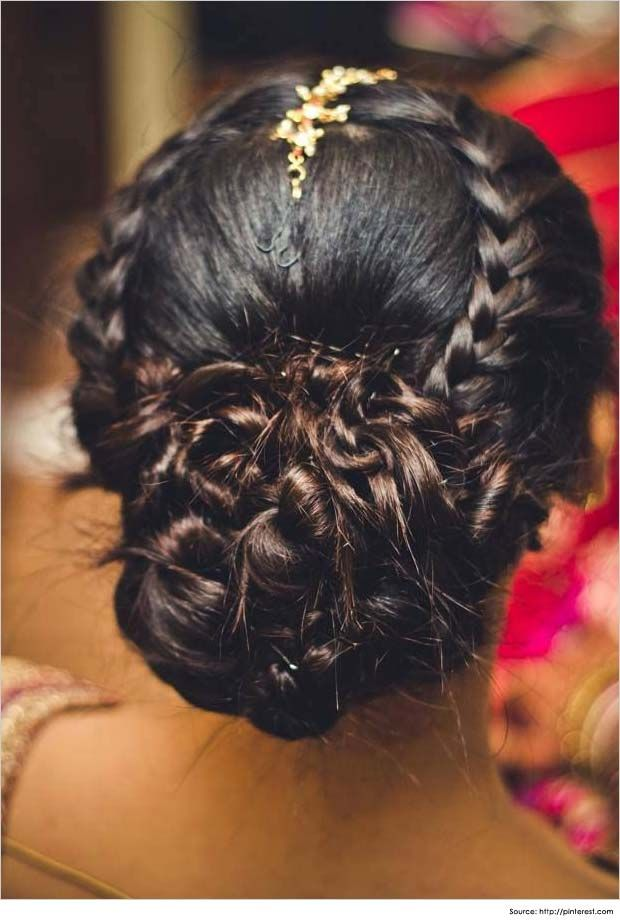 Top Amazing Bridal Wedding Hairstyles Trends & looks You Should Must Try on Your Big Day (11)