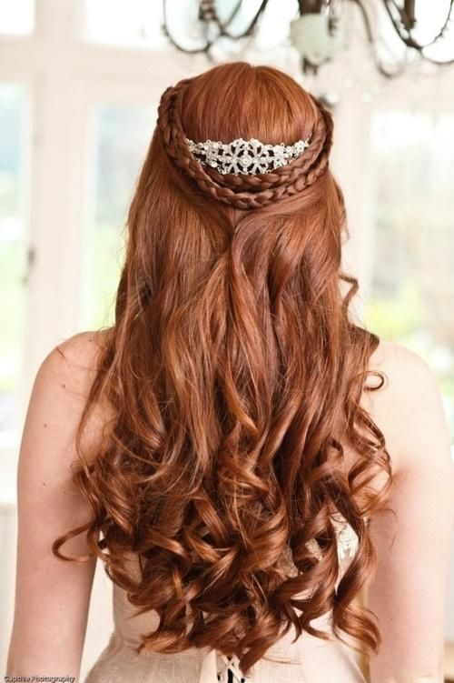 Top Amazing Bridal Wedding Hairstyles Trends & looks You Should Must Try on Your Big Day (44)
