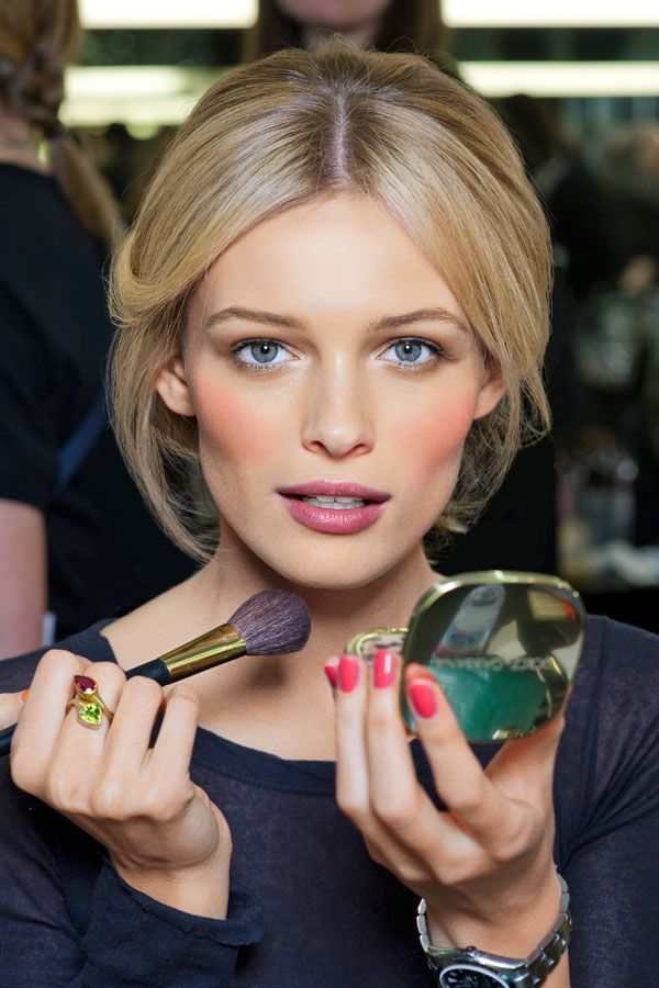 how-to-apply-blush-on-makeup-perfectly (23)
