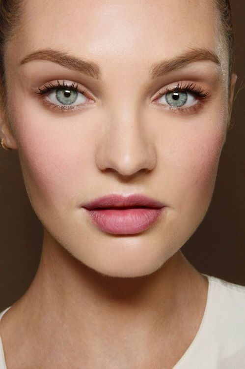 how-to-apply-blush-on-makeup-perfectly (5)